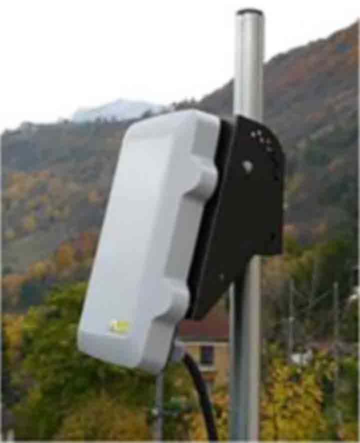 A compact, self-powered WellWatcher Connect system collects data and transmits it to the operator's offices, reducing wellsite visits and improving reservoir mangement.