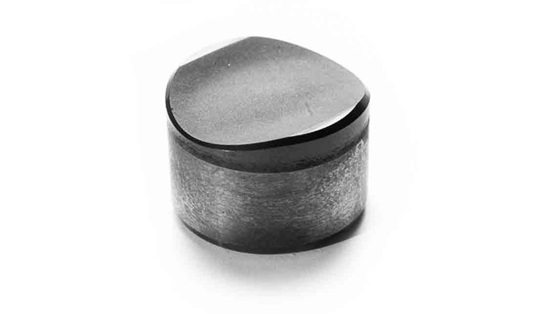 Hyper Hyperbolic Diamond Cutting Element