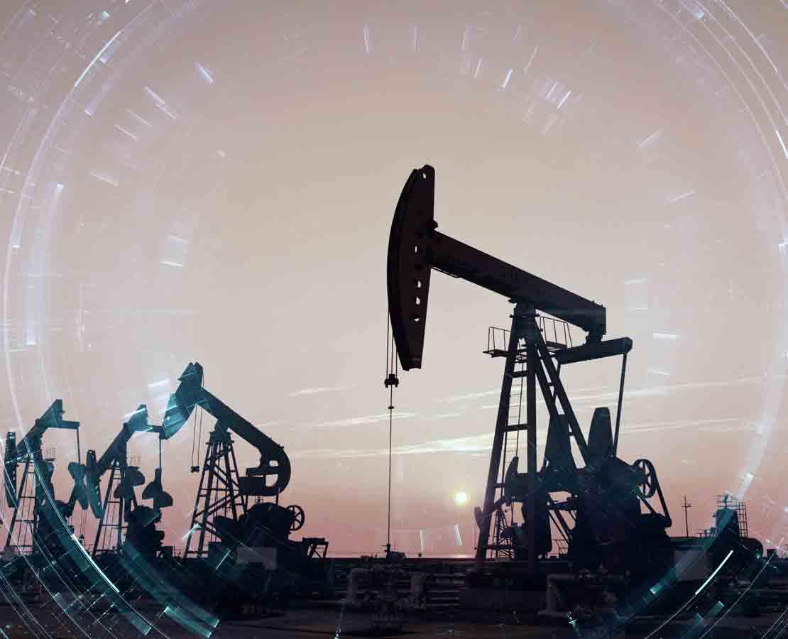 Image of land oil rig.