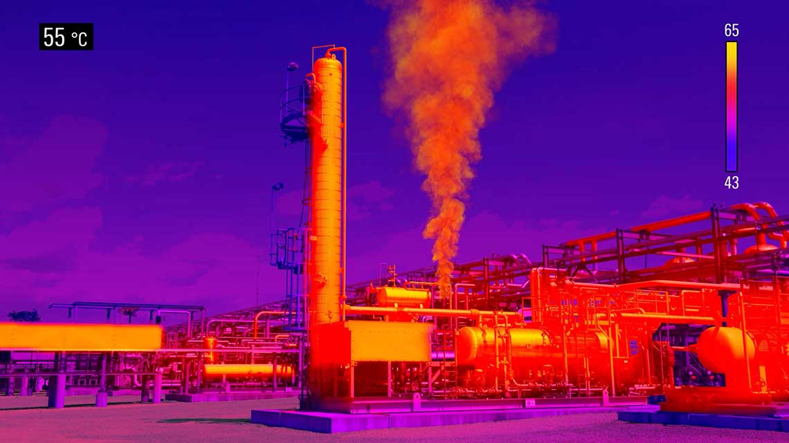 Processing plant with an infrared filter showing the fugitive emissions